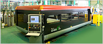 図: レーザー切断機 Laser Cutting Machine